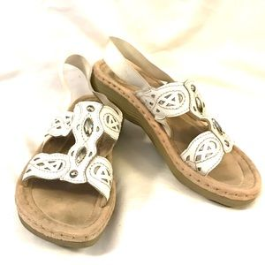 EARTH SPIRIT White Leather Embellished Sandal 7.5